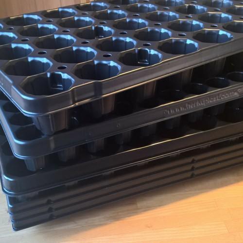 QuickPot Set Dänenmaß - 3 Anzuchtplatten D104/5R, D60/5,5R, D40/6R & 3 Untersetzer